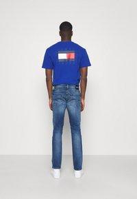Tommy Jeans - SCANTON SLIM - Džíny Slim Fit - dynamic jacob mid blue stretch - 2