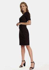 Vive Maria - Shirt dress - schwarz allover - 3