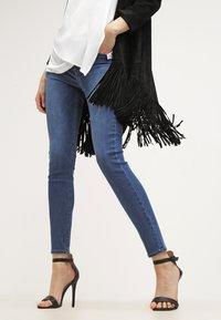 Levi's® - 710 INNOVATION SUPER SKINNY - Jeans Skinny Fit - darling blue - 3
