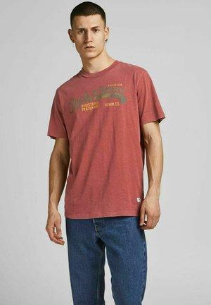Print T-shirt - brick red