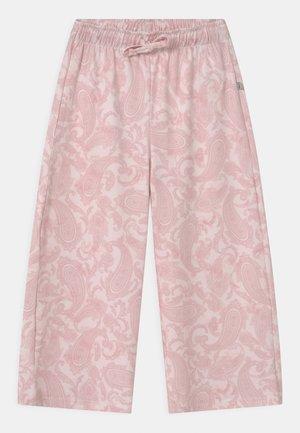 YIWOLE - Pantaloni - coral blush