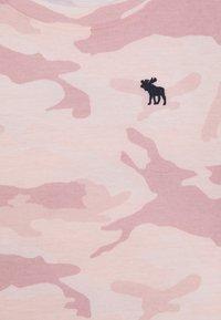 Abercrombie & Fitch - Triko spotiskem - pink - 2