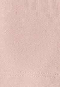 Pieces - PCBILLO - Jednoduché triko - canyon rose - 2