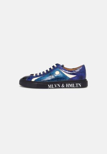 HARVEY - Sneakersy niskie - navy