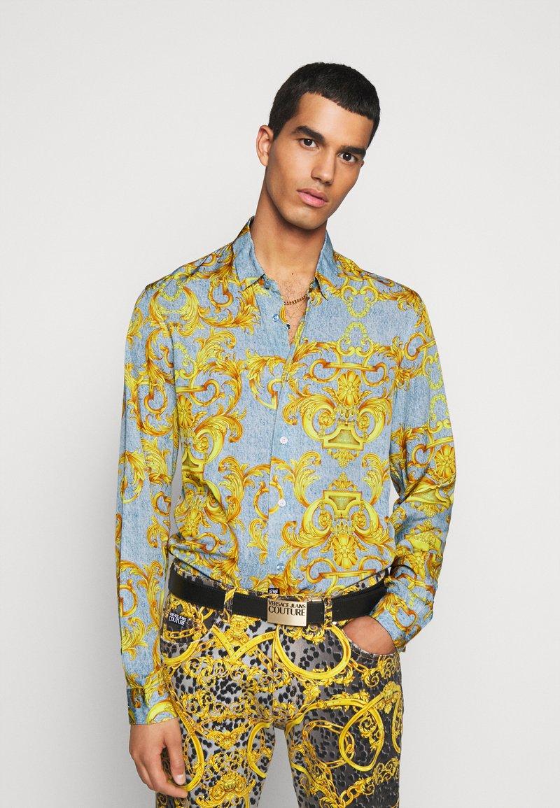 Versace Jeans Couture - PRINT BAROQUE - Shirt - azzurro scuro