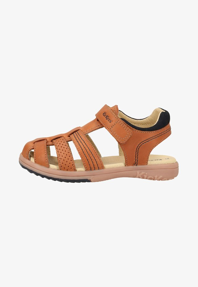 Walking sandals - camel