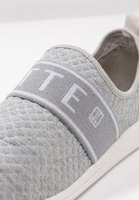 JETTE - Slip-ons - grey - 2