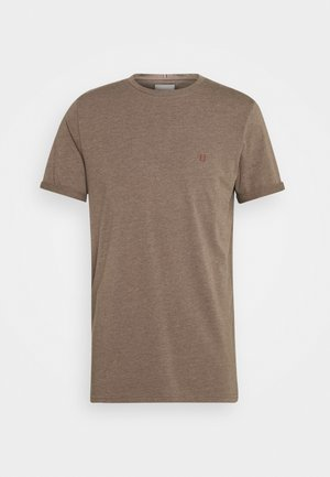 NØRREGAARD - Basic T-shirt - brown melange/orange