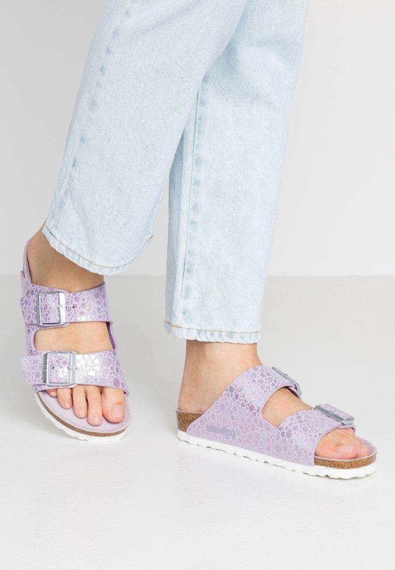 Birkenstock - ARIZONA - Slippers - metallic lilac