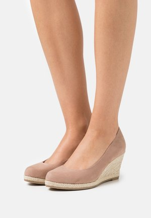 COURT SHOE - Wedges - nude
