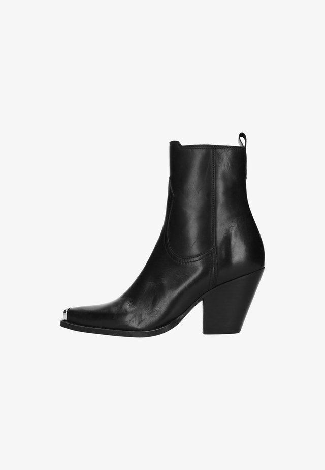 MIT METALLKAPPE - High heeled ankle boots - black