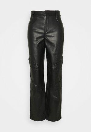 POCKET DETAIL STRAIGHT LEG TROUSER - Bukse - black
