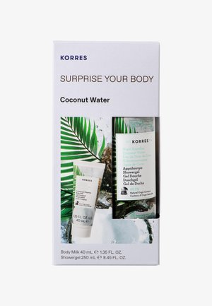 COCONUT WATER SURPRISE YOUR BODY SET - Bath and body set - -