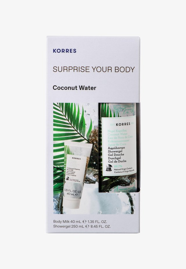 COCONUT WATER SURPRISE YOUR BODY SET - Kropsplejesæt - -