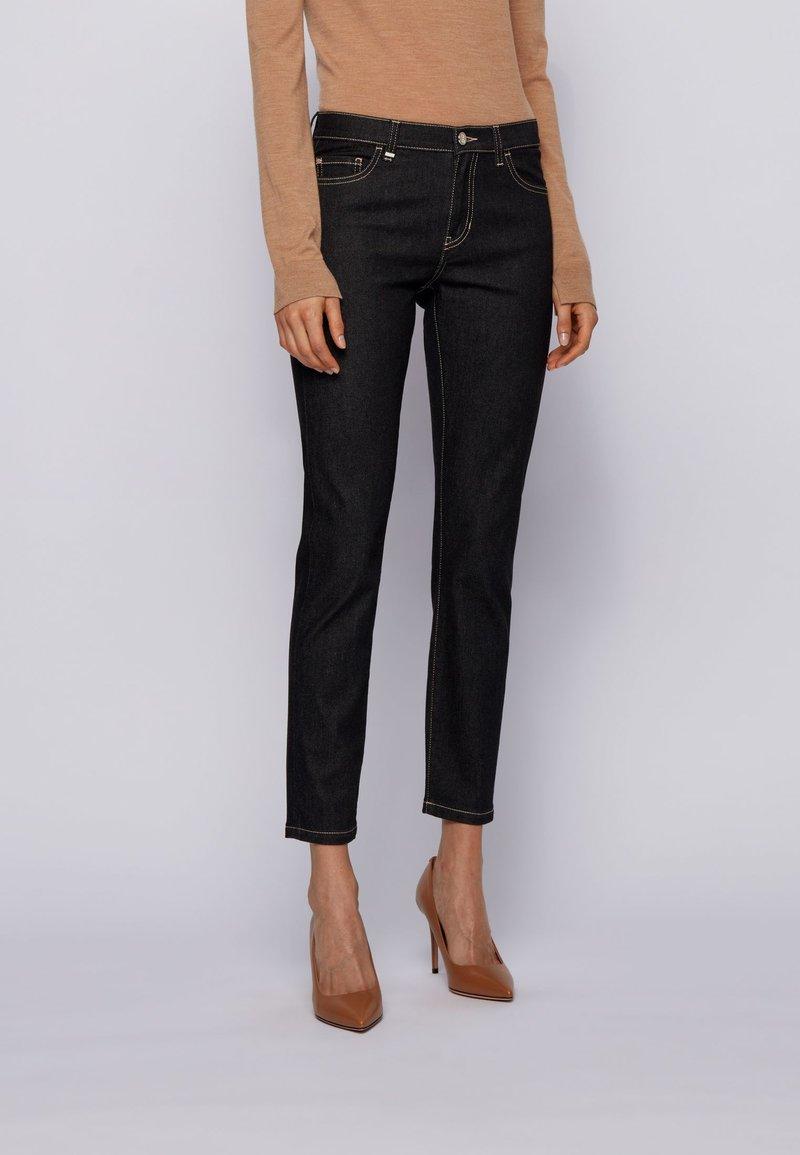 BOSS - Slim fit jeans - black