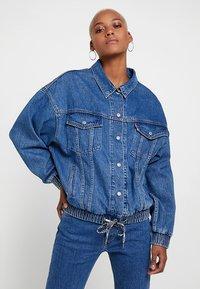 Levi's® - DAD SPORT TRUCKER - Denim jacket - dark-blue denim - 0