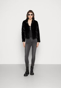 ONLY - ONLVIDA JACKET - Winter jacket - black - 1