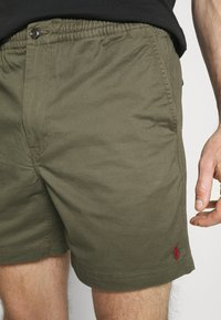 Polo Ralph Lauren - 6-INCH POLO PREPSTER TWILL SHORT - Shorts - expedition olive - 3