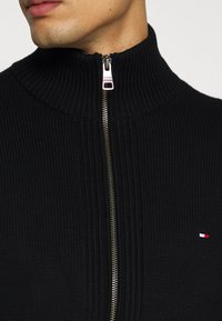 Tommy Hilfiger - CHUNKY ZIP THROUGH - Cardigan - black - 5