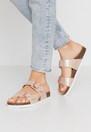 Slippers - rose gold