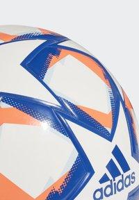 adidas Performance - UCL FINALE 20 JUNIOR LEAGUE 350 FOOTBALL - Football - white - 4