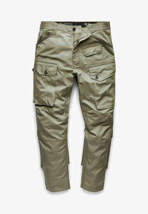 JUNGLE RELAXED TAPERED  - Pantaloni cargo - shamrock