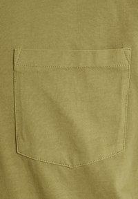 Minimum - HARIS  - Camiseta básica - dried tobacco - 5