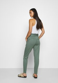 Vero Moda - VMEVA  - Tracksuit bottoms - laurel wreath - 2