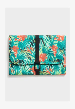 LARGE TRAVEL WASHBAG - Wash bag - green tropical