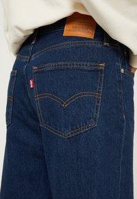 Levi's® - LOOSE TAPER CROP - Jeans relaxed fit - middle road - 7