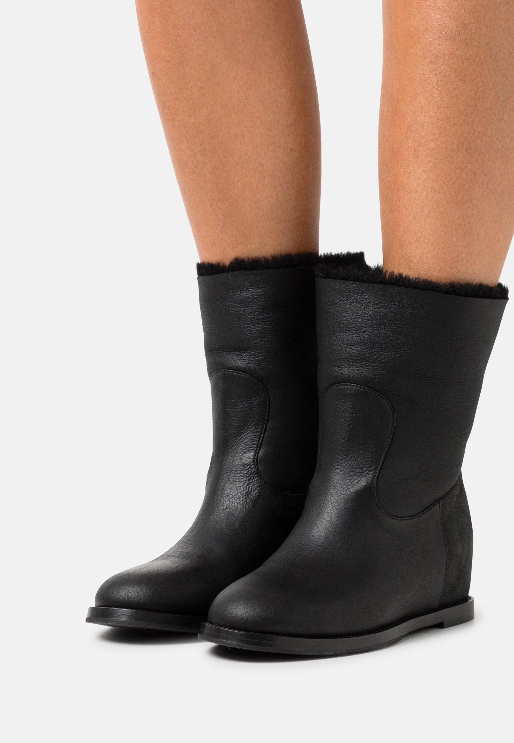Women ZEPPA  - Wedge Ankle Boots