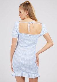 Guess - AIDA  - Shift dress - hellblau - 2