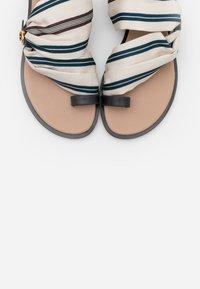 Tory Burch - SELBY SCARF  - Sandály s odděleným palcem - perfect navy - 6