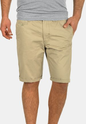 SASUKE - Shorts - beige