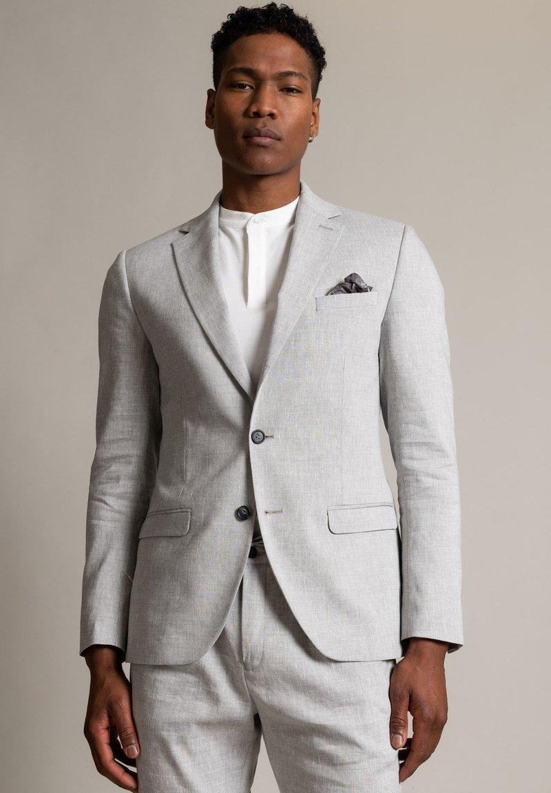 WORMLAND - Suit jacket - hellgrau