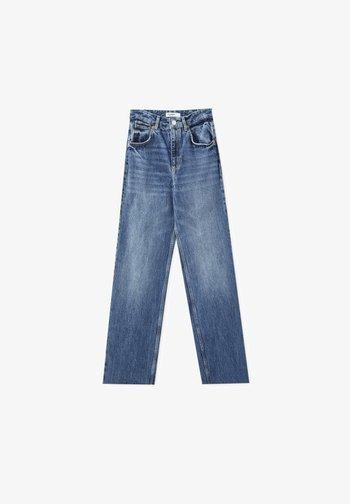 Straight leg jeans