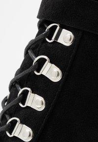 RAID - LONDON - Kotníková obuv na vysokém podpatku - black - 2