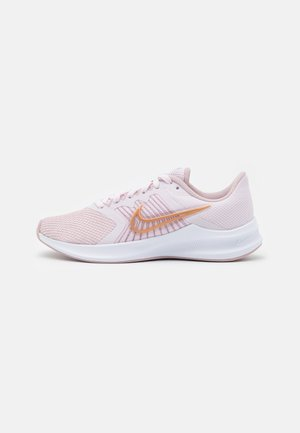 DOWNSHIFTER 11 - Neutral running shoes - light violet/metallic red bronze/champagne/white