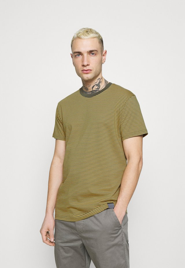 FAVORITE MINI THOR - T-shirt con stampa - burnished gold/olive