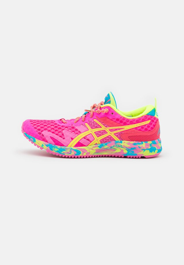 GEL-NOOSA TRI 12 - Scarpe running da competizione - pink glo/safety yellow