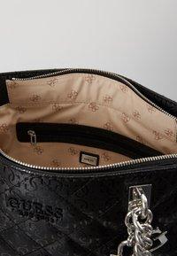 Guess - QUEENIE TOTE - Tote bag - black - 5