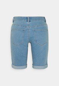 ONLY Tall - ONLSUN ANNEKMIDLONG 2 PACK - Jeansshort - light blue denim - 2
