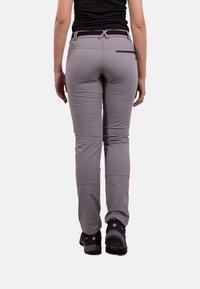 IZAS - Tracksuit bottoms - grey/dark grey - 1