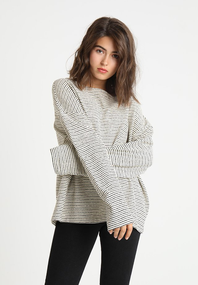 ADELISE STRIPE - Pullover - ecru white/black
