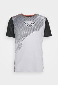 Dynafit - DNA TEE - Print T-shirt - nimbus - 0