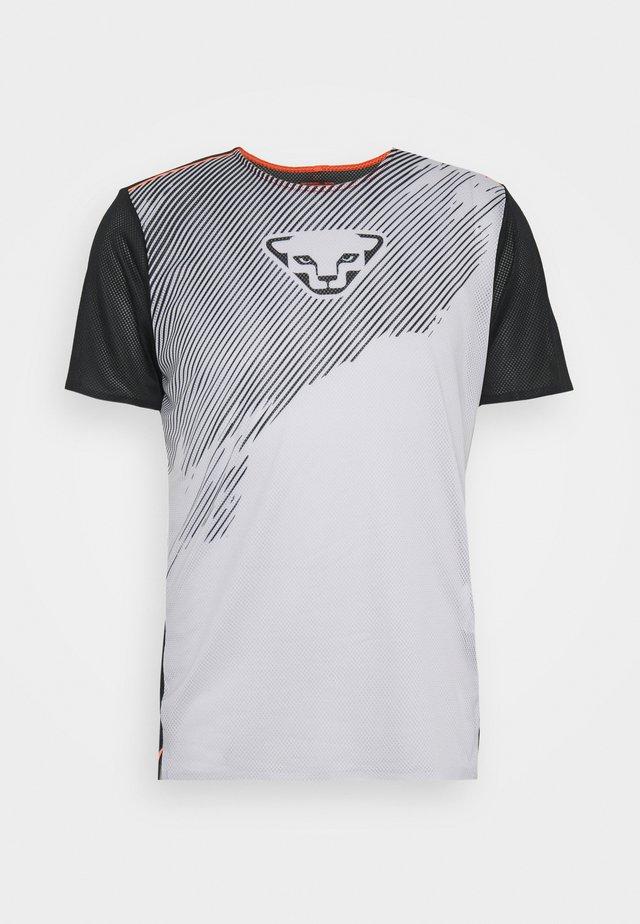 DNA TEE - T-shirt imprimé - nimbus