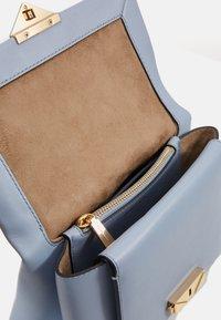 MICHAEL Michael Kors - CHAIN - Handbag - pale blue - 2