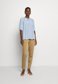 Marc O'Polo PURE - Trousers - mellow almond - 1