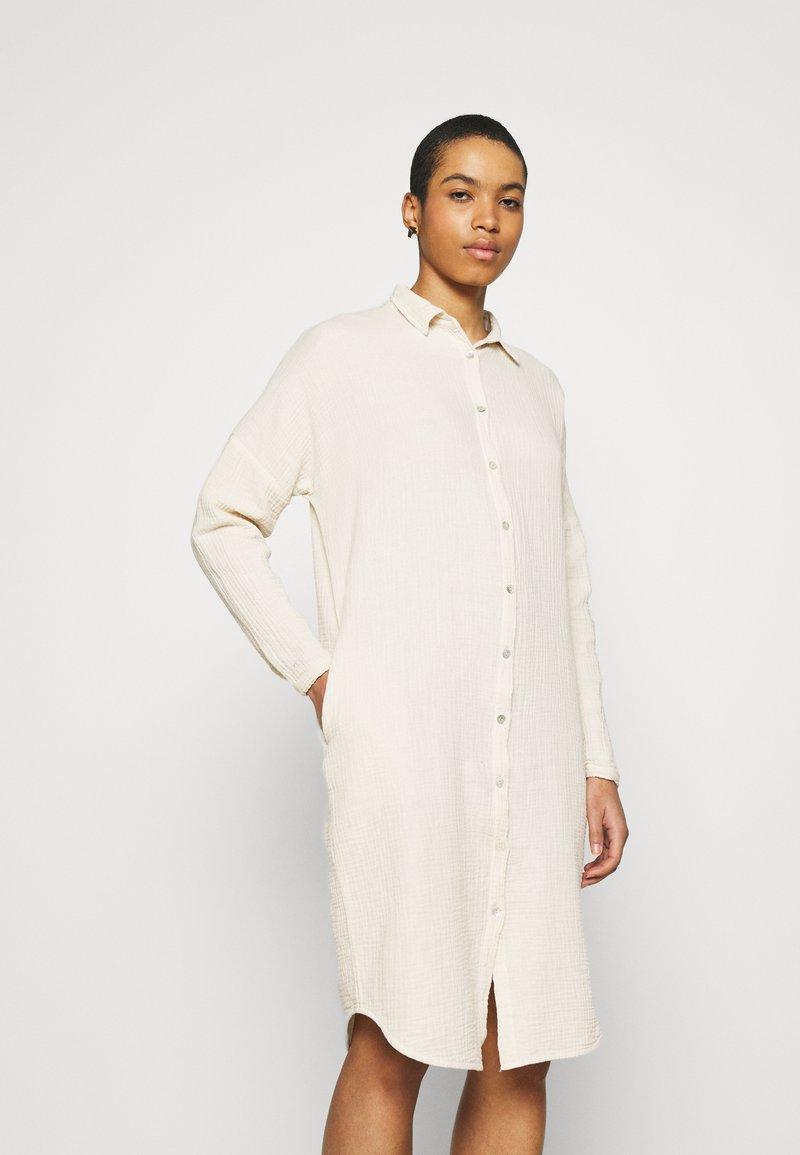 by-bar - DOPPIA DRESS - Shirt dress - sand