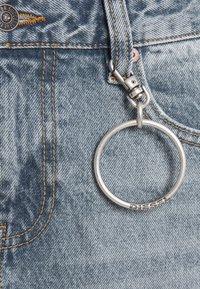 Diesel - DE-DESY-C - Robe en jean - light blue - 5